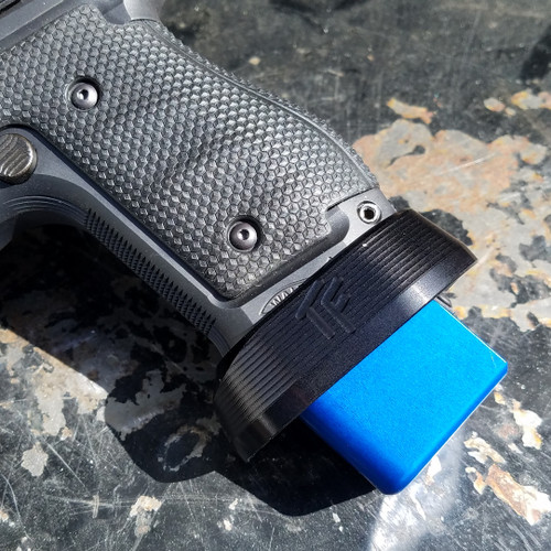 Walther PPQ Overdrive Magwell - Black