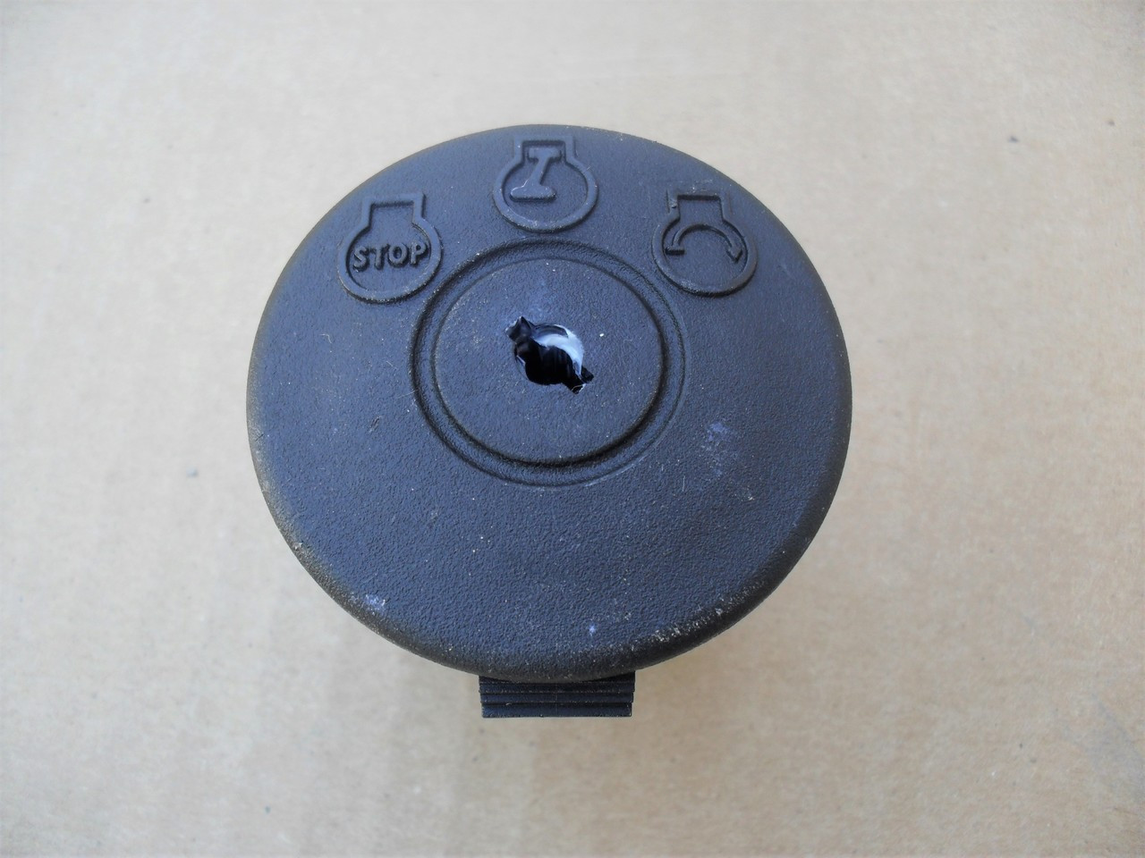Delta Ignition Starter Switch 690037M, 6900-37M Lawn Mower, Includes Key, Made In USA