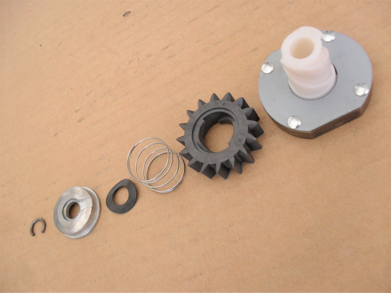Electric Starter Drive Gear Rebuild Kit for Briggs and Stratton 497606, 696541