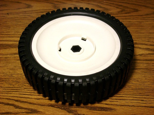Fuel Filter for Bobcat 1074, 1600, 174, 2000, 2400, 2410