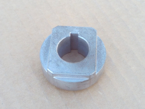 Gravely Hub Retainer 01582100 for deck spindle shaft