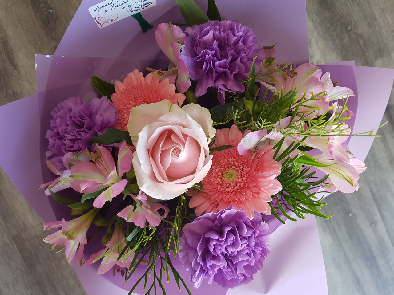 THE SUGGESTED FLORIST CHOICE BOUQUET IS MADE FROM FRESH, BEAUTIFUL,  SEASONAL FLOWERS. PRICING IS A MINIMUM OF $50 AND THE BOUQUET CAN BE MADE TO ANY VALUE BEYOND THE STANDARD MINIMUM PRICE. WE OFFER A VARIETY OF  COLOUR OPTIONS, FROM AS PICTURED, ALSO A VARIETY OF  SOFT COLOURS, OR BRIGHTER ORANGE, YELLOW MIX.  PLEASE LEAVE US A MESSAGE IN THE COMMENTS SECTION.