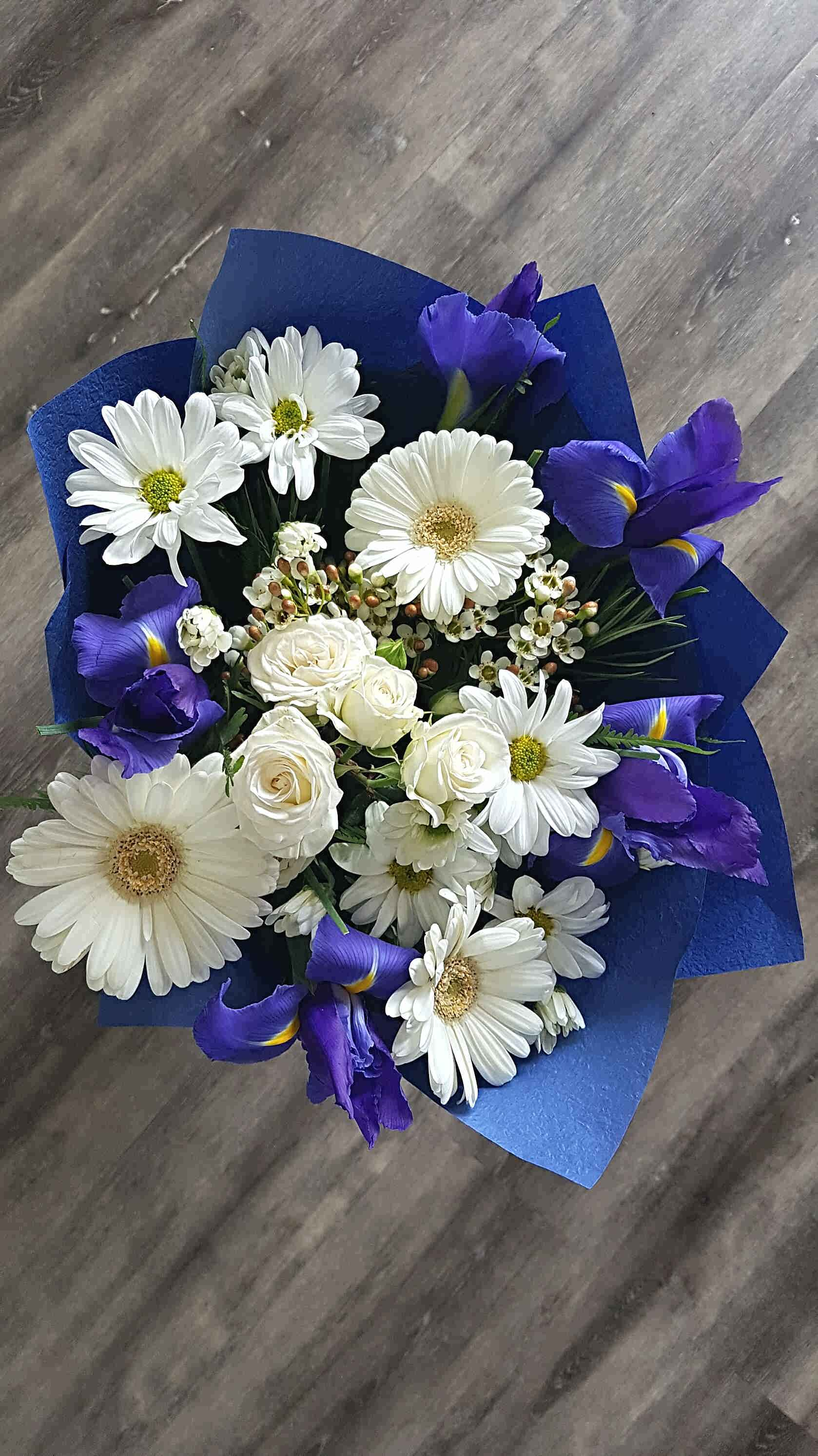 A STUNNING SELECTION OF SEASONAL BLOOMS, TO HELP CELEBRATE A BIRTH OF A BABY BOY, OR A BEAUTIFUL BOUQUET FOR A SPECIAL FRIEND.