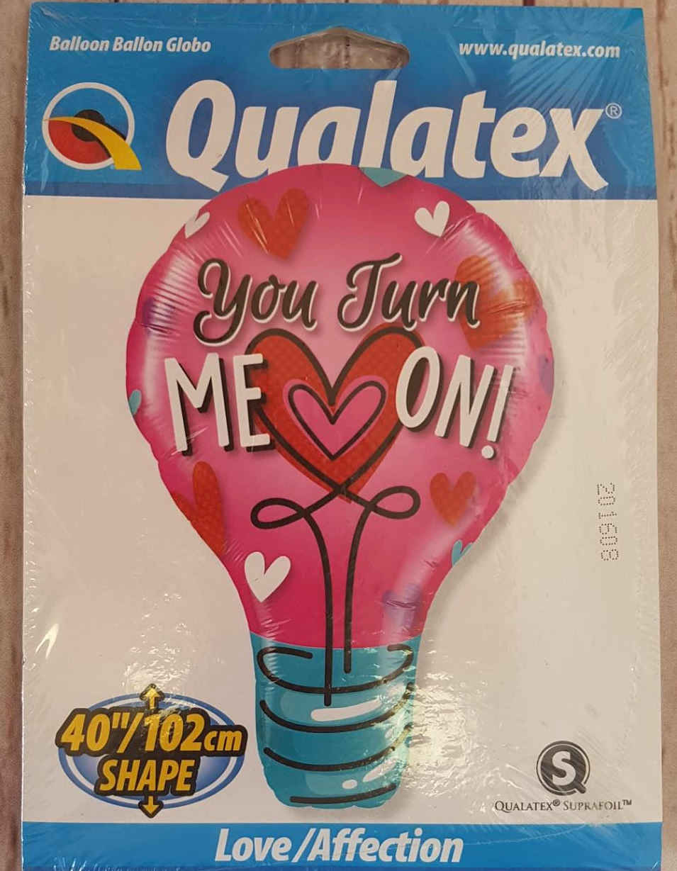 Wow, this helium filled balloon is a whopping 102 cm when filled.  Let someone know you are thinking of them.