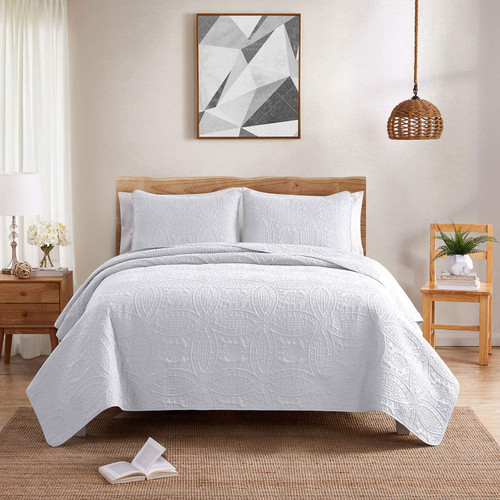 Country Club Embossed Quilted Bedspread Set, Cream