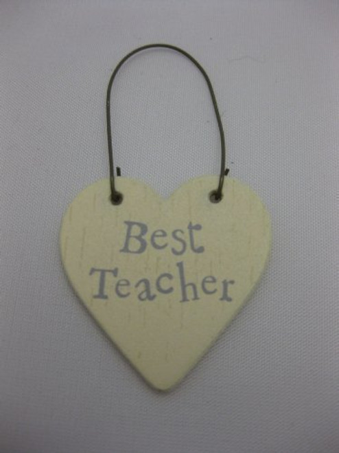 Lovely wooden gift tag for your teacher that will add a pretty finish to your gift • 3 x 3cm