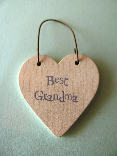 Best Grandma wooden gift tag heart