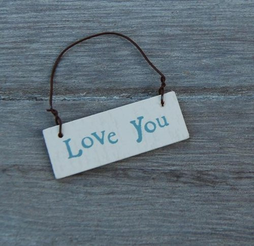 Petite Wooden Love You Gift Tag