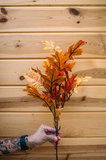 """33"""" Oak Leaf Spray (Faux)"""