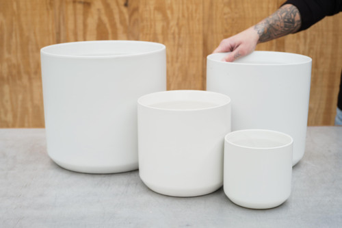Kendall Pot in White