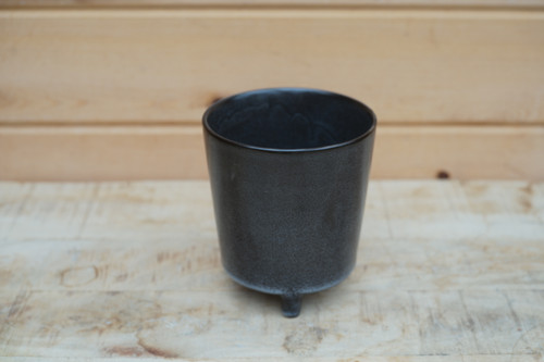 Malcolm Footed Pot