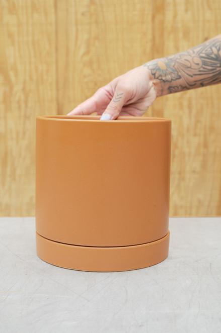 Romey Pot in Terra Cotta