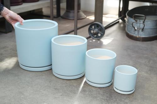 Gemstone Cylinder in Air Blue