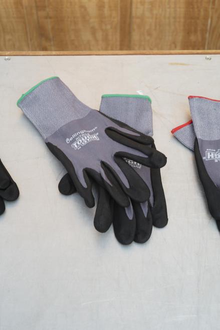 Medium Nitrile Tough GT Glove