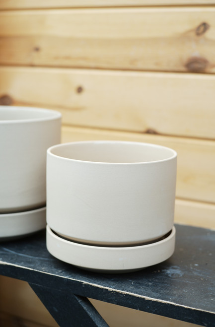 """6"""" Round Pot with Saucer in Oatmeal"""