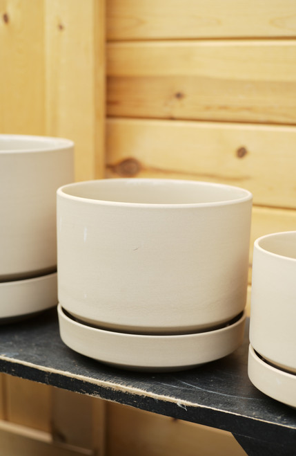 """8"""" Round Pot with Saucer in Oatmeal"""