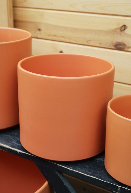 "10"" Ceramic Cylinder Pot in Rust"
