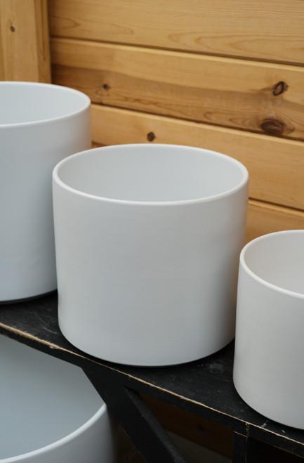 "10"" Ceramic Cylinder Pot in White"