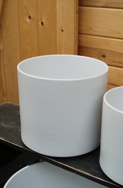 "12"" Ceramic Cylinder Pot in White"