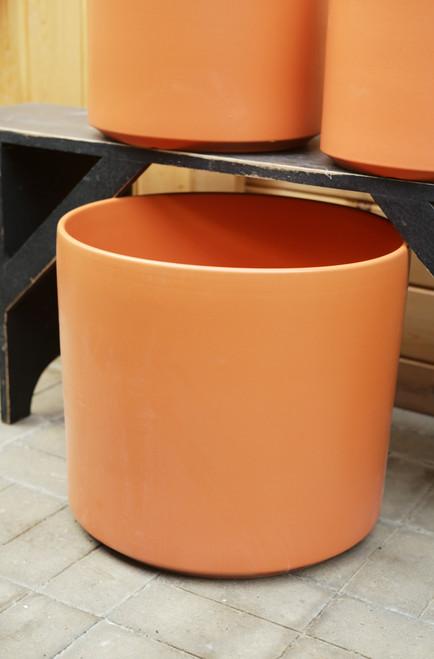 "15"" Ceramic Cylinder Pot in Rust"
