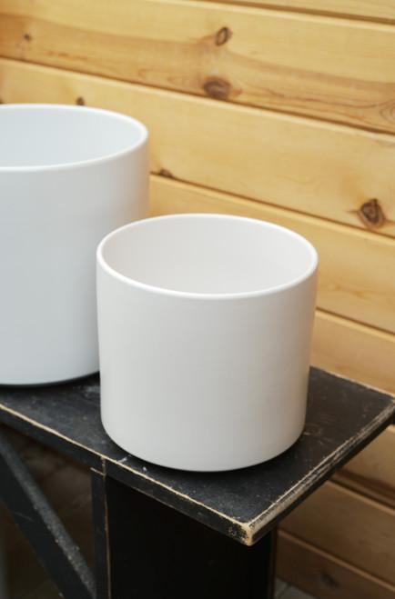 "8"" Ceramic Cylinder Pot in White"