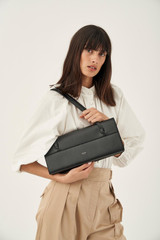 Oroton Evelyn Baguette Bag in Black and Smooth Leather for female