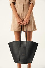 Oroton Aimee Tote in Black and Smooth Leather for female