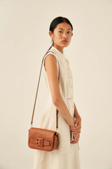 Oroton Avery Crossbody in Toffee and Soft Pebble Leather for female