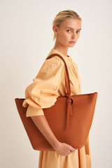 Oroton Brodie Soft Tote in Brandy and Smooth Leather for female
