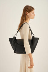 Oroton Clement Tote in Black and Pebble Leather for female