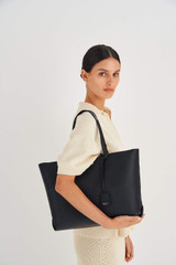 Oroton Margot Medium Zip Tote in Black and Pebble Leather for female