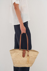 Oroton Madison Medium Tote in Natural/Brandy and Straw/Smooth Leather Trims for female