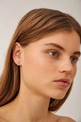 Oroton Esme Pearl Drop Studs in Silver/White and Sterling Silver Based Metal With Precious Metal Plating/Fresh Water Pearl for female
