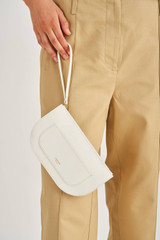 Oroton Lotte Medium Zip Pouch in Pure White and Smooth Leather for female