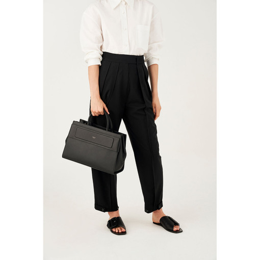 Oroton Elena Tote in Black and Smooth Leather for female