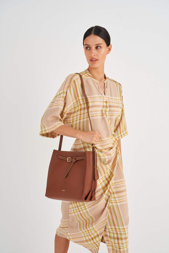 Oroton Margot Bucket Bag in Whiskey and Pebble Leather for female
