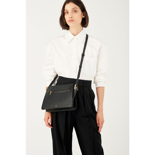 Oroton Mischa Day Bag in Black and Smooth Leather for female