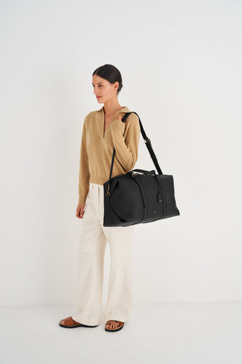 Oroton Margot Weekender in Black and Pebble Leather for female