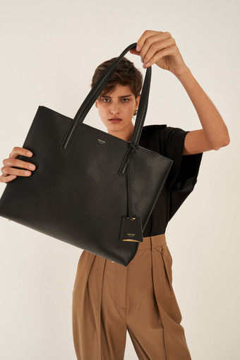 Oroton Anouk Medium Tote in Black and Pebble Leather for female