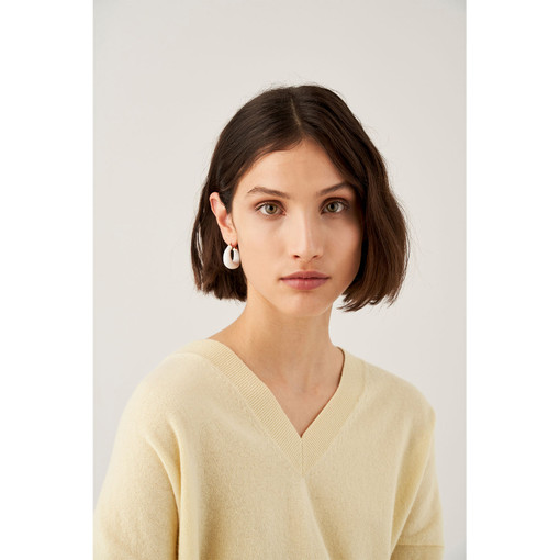 Oroton Emaille Chunky Hoops in Gold/White and Brass Based With Precious Metal Plating/ Enamel for female