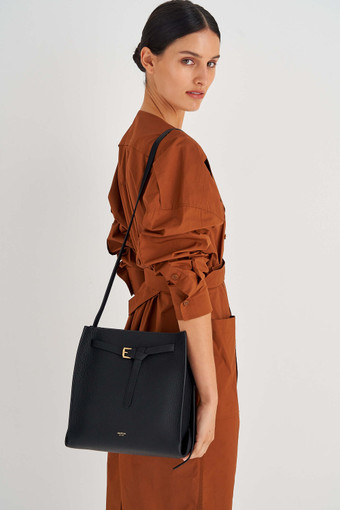 Oroton Margot Bucket Bag in Black and Pebble Leather for female