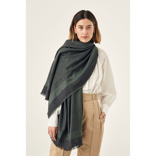 Oroton Signet Wrap Scarf in Charcoal and 40% Acrylic, 33% Viscose, 20% Nylon And 7 % Wool for female