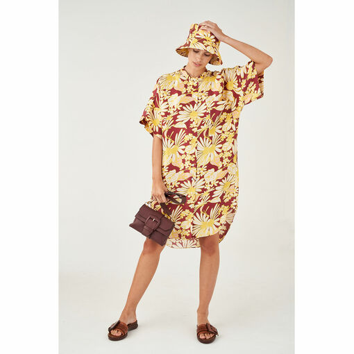 Oroton Silk Winter Daisy Print Short Sleeve Shirt Dress in Wineberry Print and 100% Silk for female