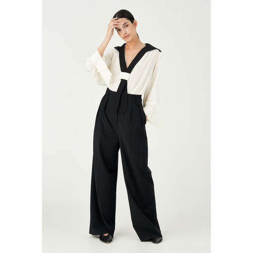 Oroton Wool-Blend Wide Leg Tabbed Pant in Black and 84% Wool 11% Nylon 5% Polyester for female