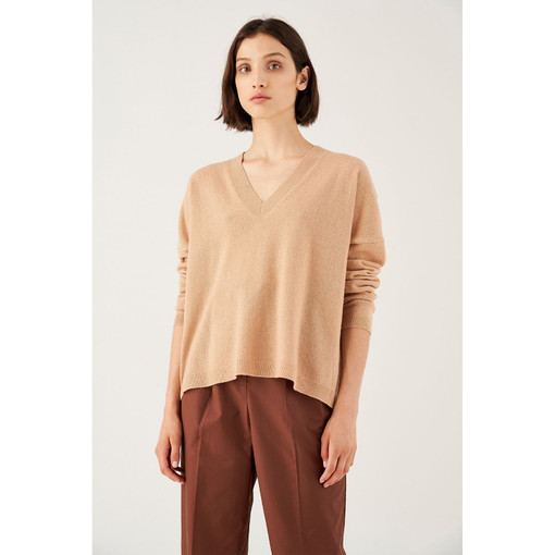 Oroton Fine Gauge V-Neck Knit in Soft Treacle and 100% Wool for female