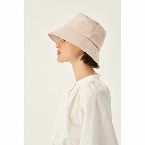 Oroton Frida Twill Bucket Hat in Dusty Pink and 100% Cotton for female