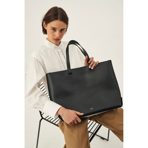 Oroton Minna Large Tote in Black and Smooth Leather for female