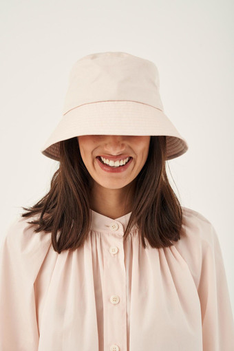 Oroton Jerome Drill Bucket Hat in Dusty Peach and 77% Cotton 23% Linen for female