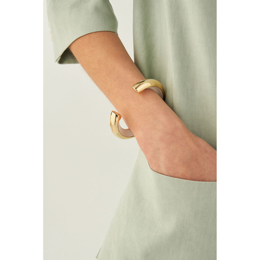 Oroton Reis Cuff in Gold/Pure White and Brass Base Metal With Precious Metal Plating/Enamel for female