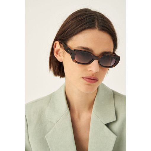 Oroton Grace Sunglasses in Tort and Acetate for female